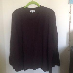 Crewneck sweater.
